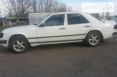 Mercedes-Benz E 200 1986 в Харькове
