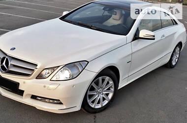 Mercedes-Benz E 200 2011 в Киеве