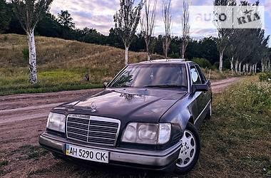Mercedes-Benz E 200 1993 в Славянске