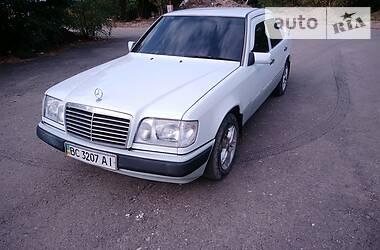 Mercedes-Benz E 200 1993 в Бориславі