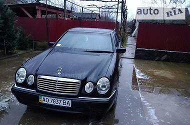 Mercedes-Benz E 200 1998 в Ужгороде