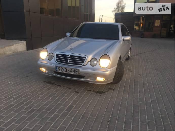 Mercedes-Benz E 220 2001 в Ровно