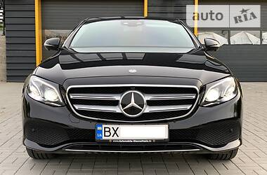 Mercedes-Benz E 220 2016 в Хмельницком