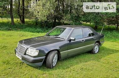 Mercedes-Benz E 220 1993 в Ровно