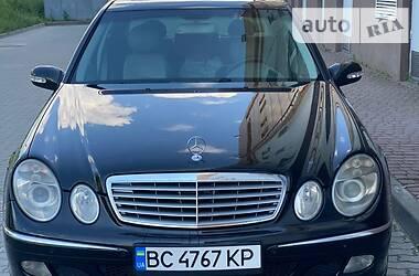 Седан Mercedes-Benz E 220 2003 в Львове