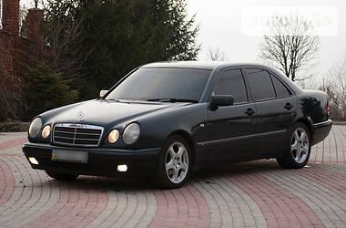 Mercedes-Benz E 230 1997 в Запорожье