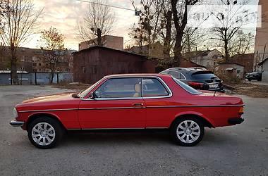 Mercedes-Benz E 230 1983 в Харькове