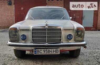 Седан Mercedes-Benz E 230 1972 в Львове