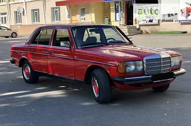 Mercedes-Benz E 240 1983 в Тернополе