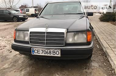 Mercedes-Benz E 250 1990 в Черновцах