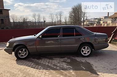 Mercedes-Benz E 250 1993 в Кременце