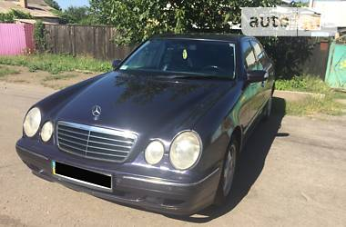 Mercedes-Benz E 270 2001 в Днепре