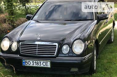 Седан Mercedes-Benz E 290 1997 в Кременце