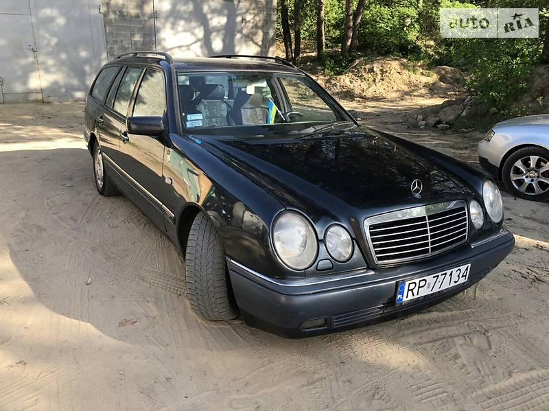 Mercedes-Benz E 300 1998 в Луцке
