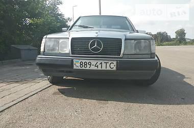 Mercedes-Benz E 300 1989 в Львове