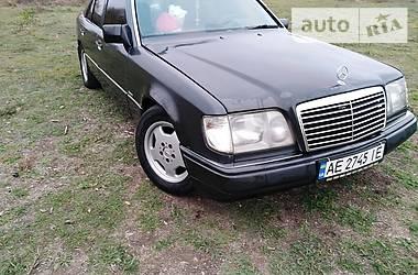 Mercedes-Benz E 300 1992 в Кривом Роге