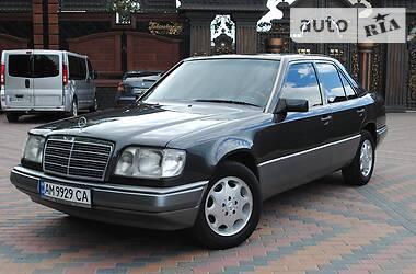 Mercedes-Benz E 300 1995 в Новограде-Волынском