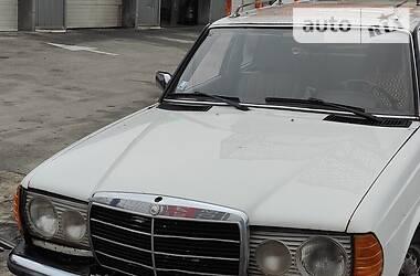 Mercedes-Benz E 300 1982 в Борисполе