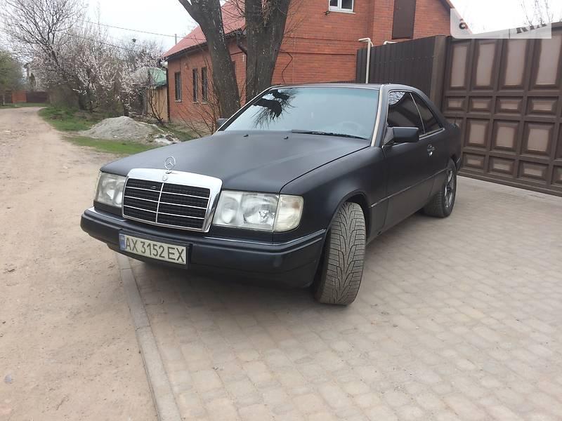 Mercedes-Benz E 320 1992 в Харькове