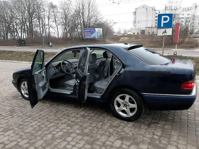 Mercedes-Benz E 320 2002 в Тернополе