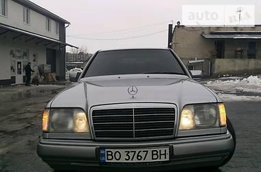 Mercedes-Benz E-Class e220 1995