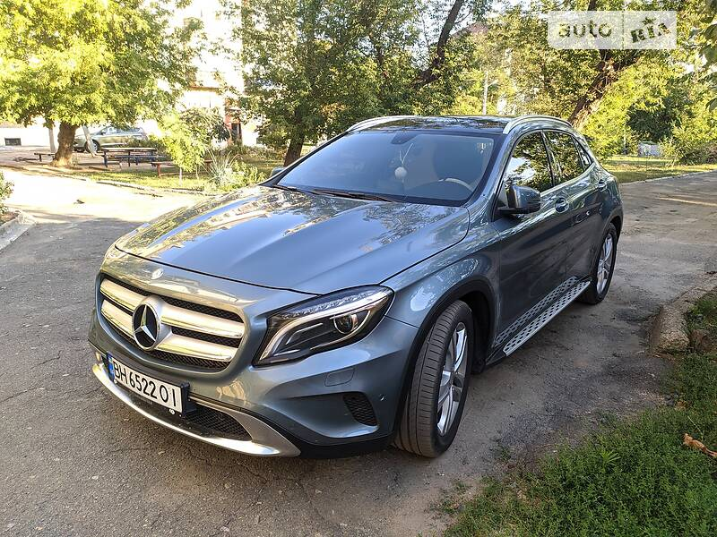 Mercedes-Benz GLA 200  4 matic CDI
