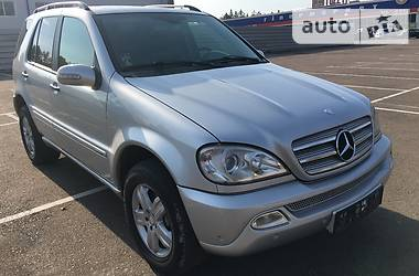Mercedes-Benz ML 270 2005