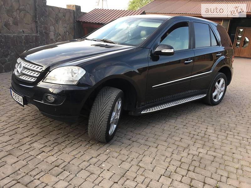 Mercedes-Benz ML 320 2008 в Иршаве