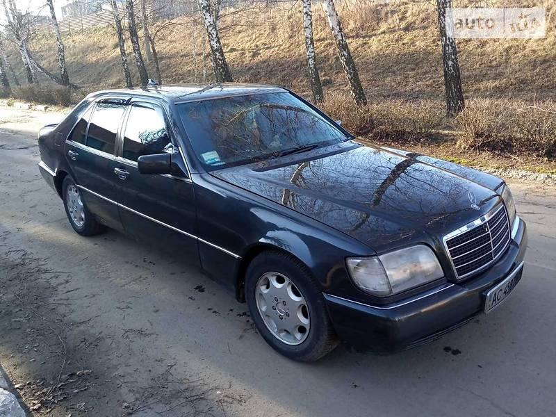 Mercedes-Benz S 140 1993 в Остроге