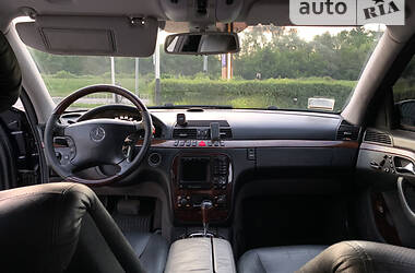 Седан Mercedes-Benz S 400 2000 в Рахові