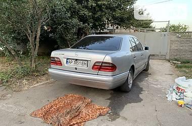 Седан Mercedes-Benz T1 210 груз-пас 1996 в Запоріжжі
