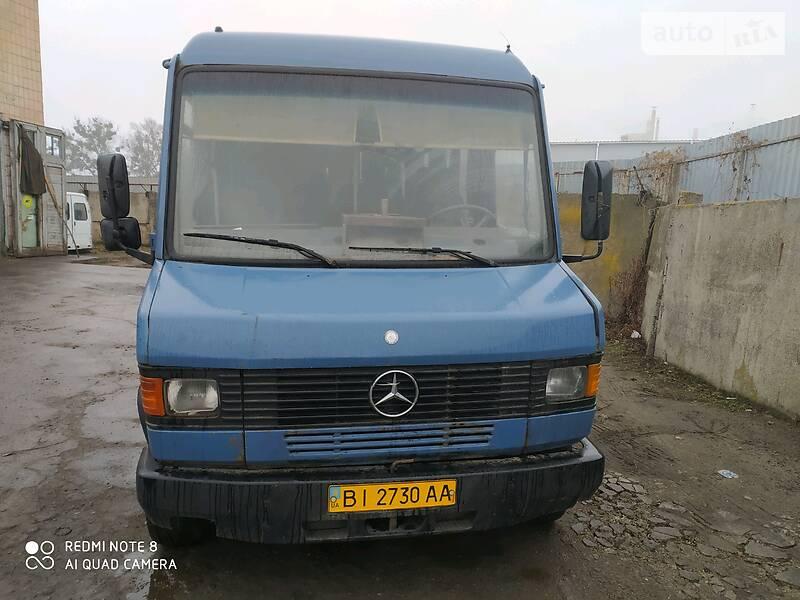Mercedes-Benz T2 811 пасс 1993 в Полтаве