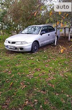 Хетчбек Mitsubishi Carisma 1996 в Чемерівцях