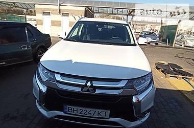 Универсал Mitsubishi Outlander PHEV 2018 в Одессе