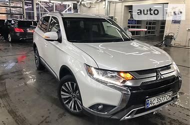 Mitsubishi Outlander 2019 в Луцке