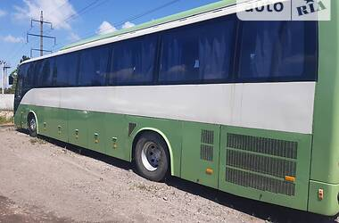 Туристичний / Міжміський автобус Mitsubishi Safari 2004 в Білій Церкві