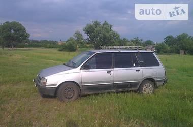 Mitsubishi Space Wagon 1990 в Кропивницком