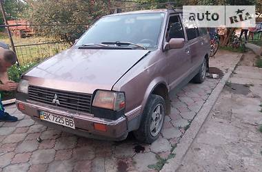 Mitsubishi Space Wagon 1986 в Ивано-Франковске