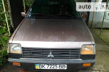 Mitsubishi Space Wagon 1986 в Калуше