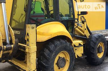 New Holland B 2009 в Сквирі