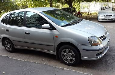 Nissan Almera Tino 2001 в Харькове