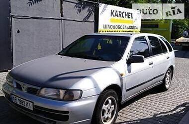 Nissan Almera 1996 в Никополе