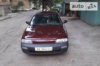 Nissan Altima 1993 в Дніпрі