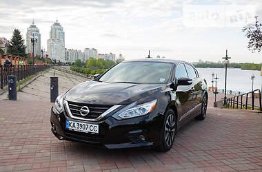 Седан Nissan Altima 2017 в Киеве