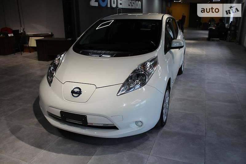 Nissan Leaf 2015 года в Киеве