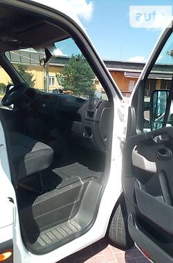 Легковой фургон (до 1,5 т) Nissan NV400 2015 в Ровно