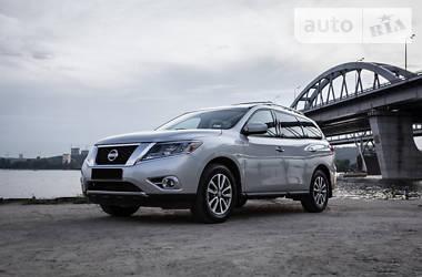 Nissan Pathfinder 2015 в Киеве