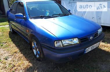 Седан Nissan Primera 1995 в Ивано-Франковске