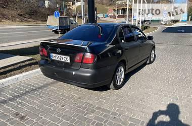 Седан Nissan Primera 2000 в Киеве