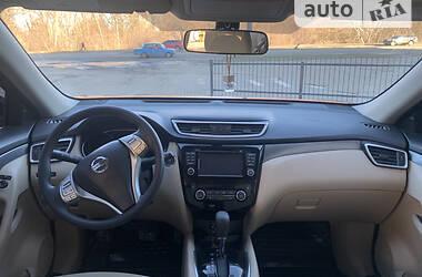 Позашляховик / Кросовер Nissan Rogue 2015 в Полтаві